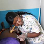 Enticing Pregnant Women in Liberia to Give Birth in Health Centers